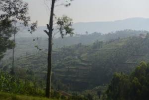 Collines rwandaises par Ken Damairu